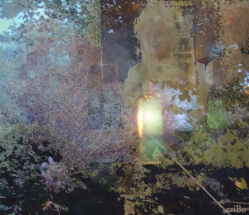 riflesso lampada e viso  - by criBo