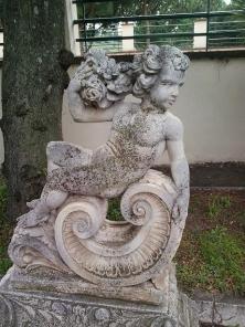 INI putto con rose -by criBo